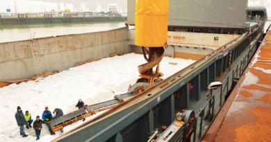 Charegemnt de sucre au terminal du GPM Dunkerque