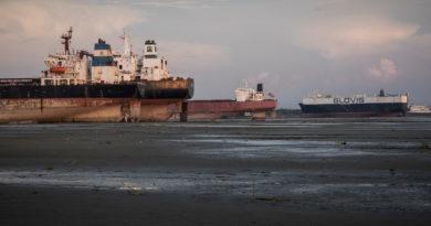 Un chantier de déconstruction au Bengladesh
