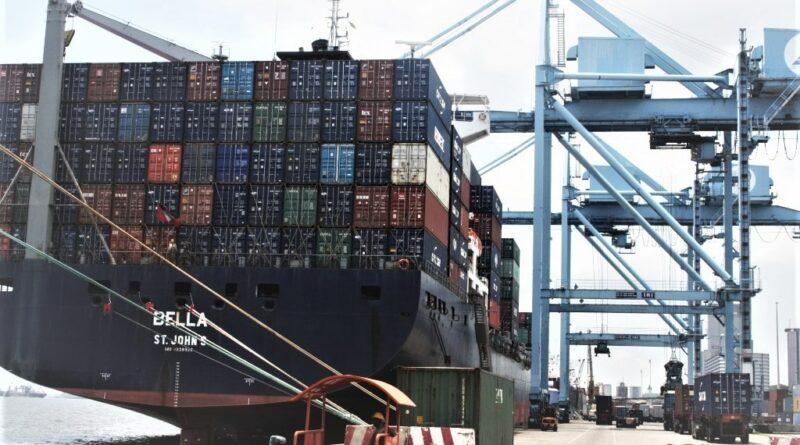 Port autonome Douala Bolloré APM Terminals Conteneurs