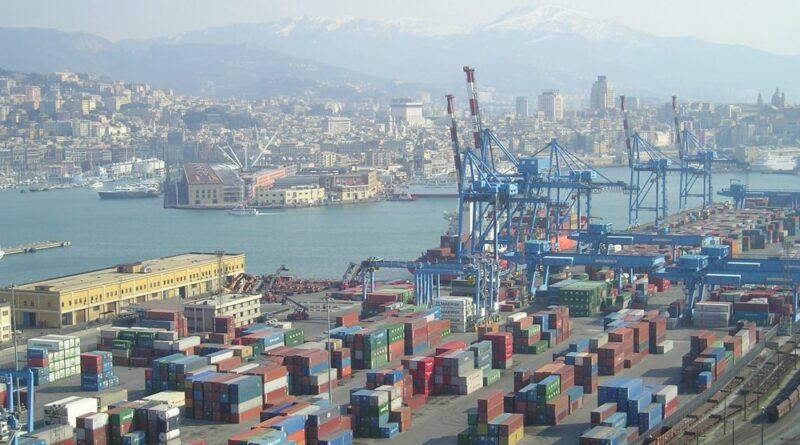 Port Gênes Conteneurs Vracs conventionnelles