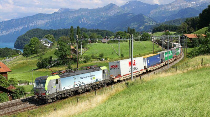 CargoBeamer autoroute ferroviaire
